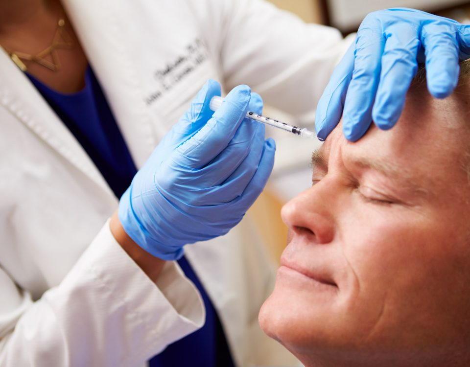Odmładzanie skóry twarzy redukowanie zmarszczek Toruń usuwanie wiotkiej skóry Toruń